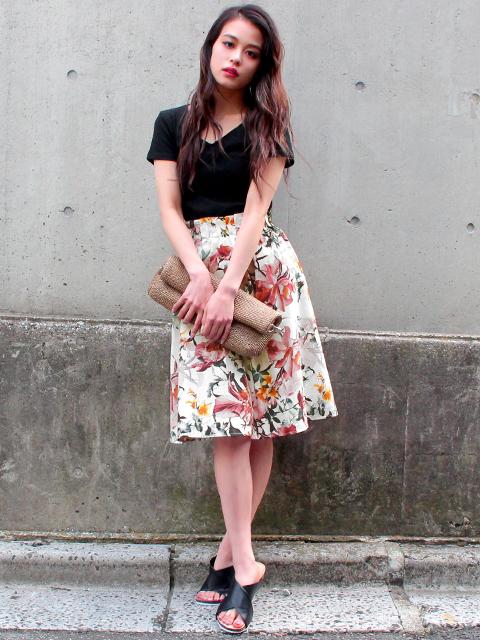 トロピカルフラワー柄スカート