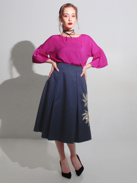 ITALY パームモチーフスパンコールスカート