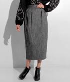 ウール混ネップミディ丈スカート