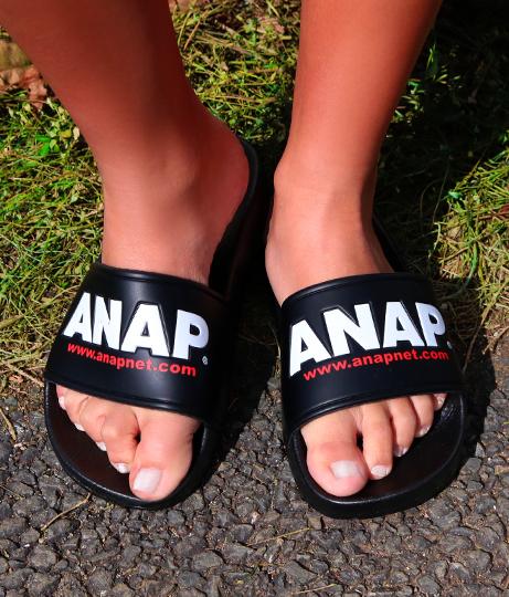 『ANAP』ロゴシャワーサンダル