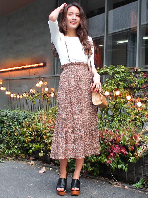 ショルダーリボン付花柄スカート