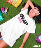 『ANAP』ロゴ×TOKYO Tシャツ